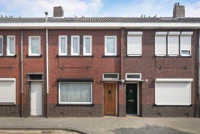 Christiaan Huijgensstraat 32, Tilburg