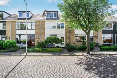 Boekenburglaan 6, Voorhout