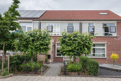 Emmastraat 33, Den Bommel