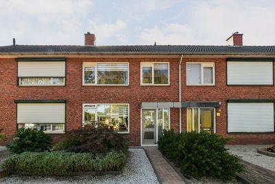 Seringenlaan 30, Steenbergen