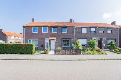 Paadweg 38, Hoensbroek