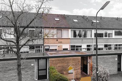 Oranjestraat 85, Elst