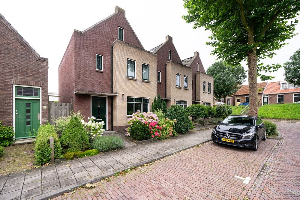 Korteweg 11, Nieuw- en Sint Joosland