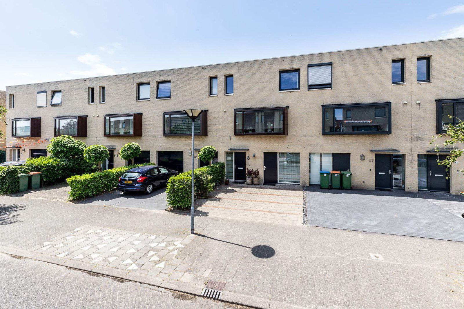 Lisdodde 65, Breda