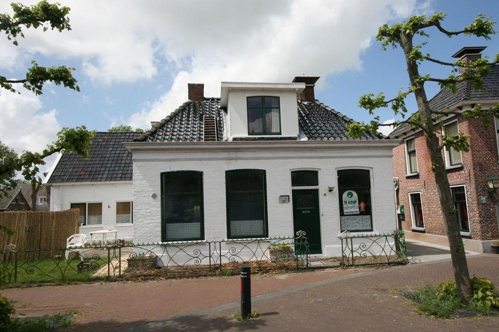 Rengersweg 49, Oentsjerk