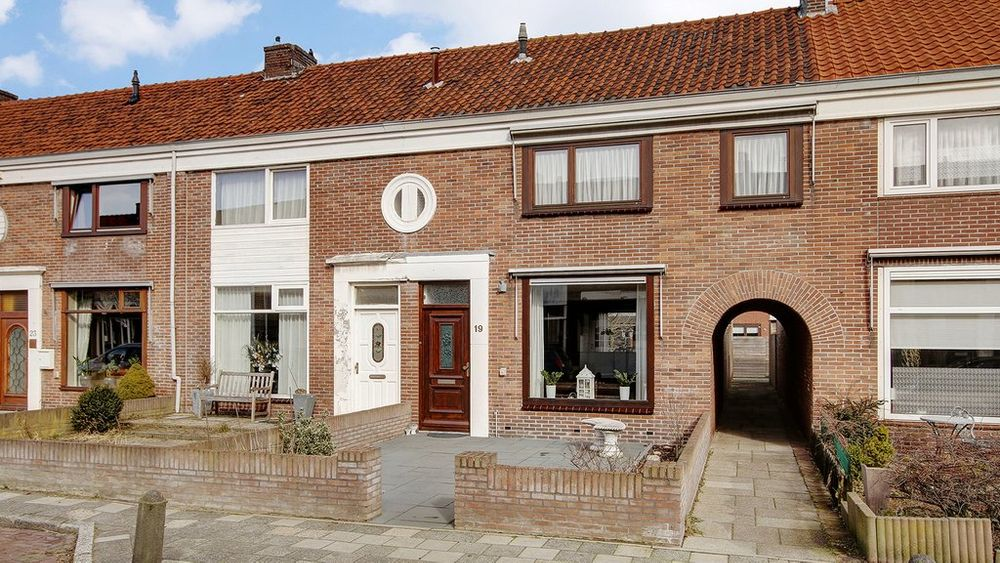 Dekkerstraat 19, Beverwijk