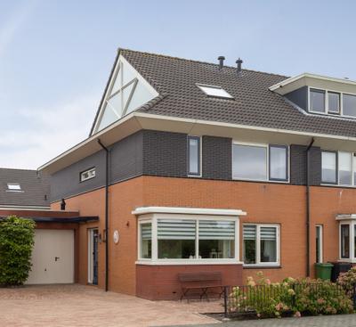 Wayesteinsingel 41, Nieuw-vennep