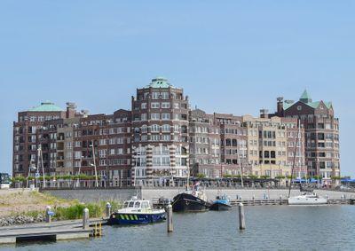 Claerbeek 29, Lelystad