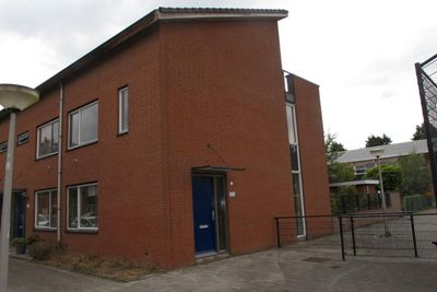 Lokkertsemolenweg 305, Hoogvliet Rotterdam