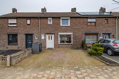 Julianastraat 33, Hoensbroek