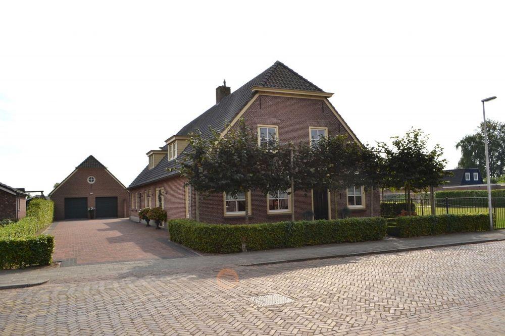 Kerkstraat 13, Elshout