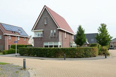 Kloosterhout 44, Assen