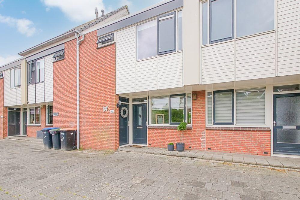 Doorzwin 2507, Julianadorp
