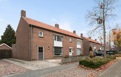 Asterstraat 8, Rosmalen