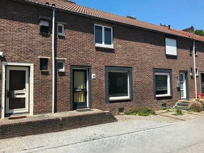 Leeuwardenstraat 10, Heerlen