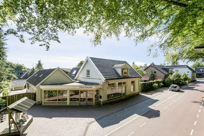 Oranjelaan 69--71, Diepenveen