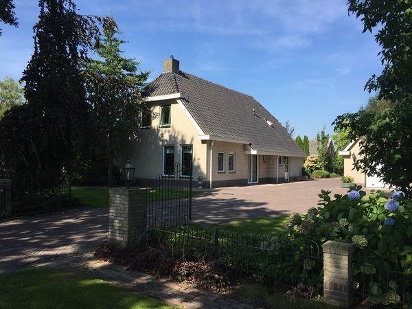 Perebomenweg 37, Elim