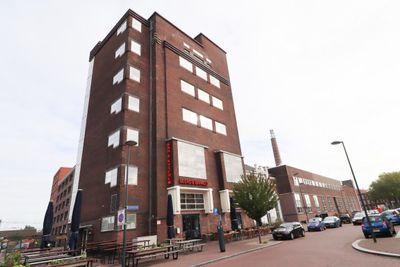 Brouwhuisplein, Breda