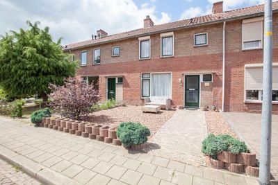 Zwaluwstraat 5, Winterswijk