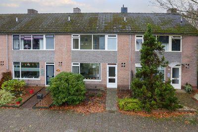 Pommerse Bocht 67, Veendam
