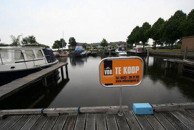 Veneweg 292Ligpl. 25, Wanneperveen