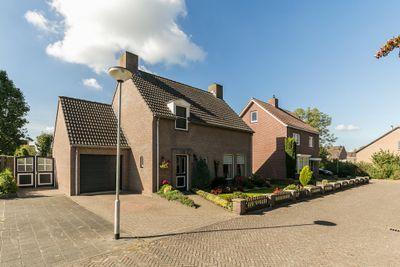 Meidoorn 31, Liessel