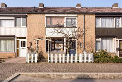 van Goghstraat 28, Horst