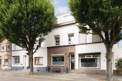 Limbrichterweg 29, Sittard