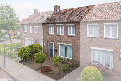 Albrecht Rodenbachstraat 18, Waalwijk