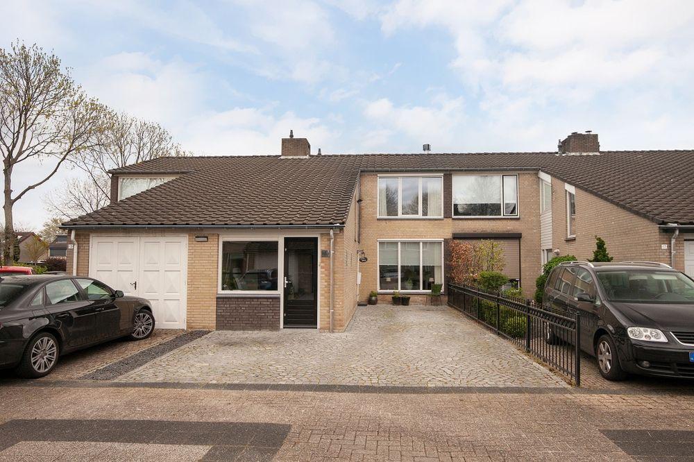Zuiderkruis 15, Oosterhout