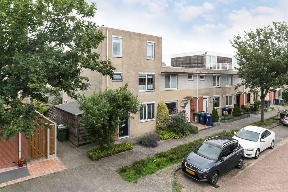 Minnellistraat 17, Almere