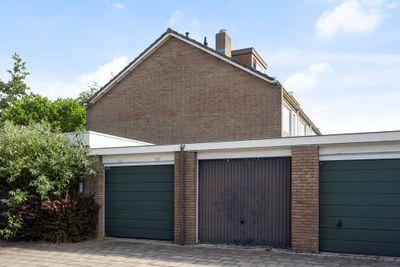 Carneoolstraat 33, Leiden