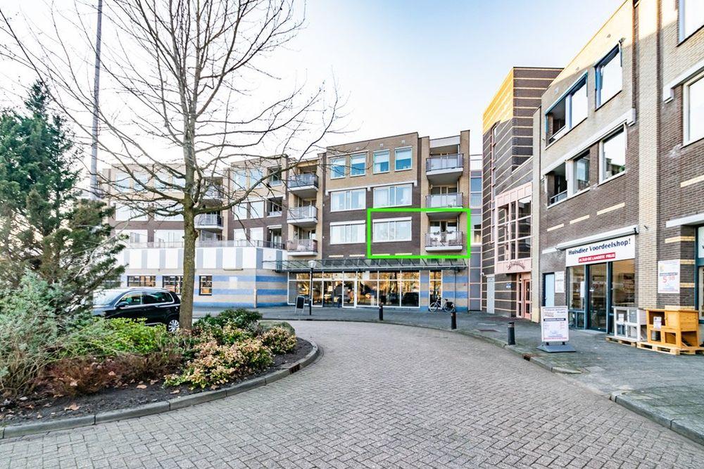 Schutsplein 24, Hoogeveen