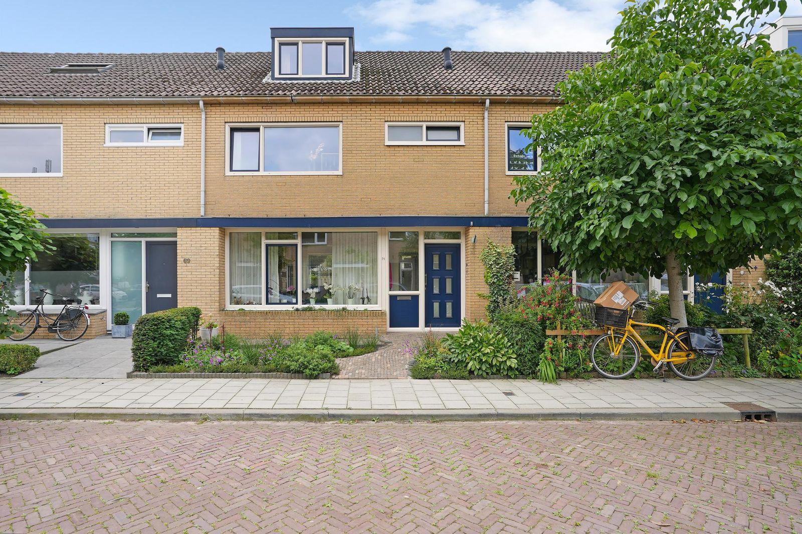 Mazzinilaan 71, Middelburg