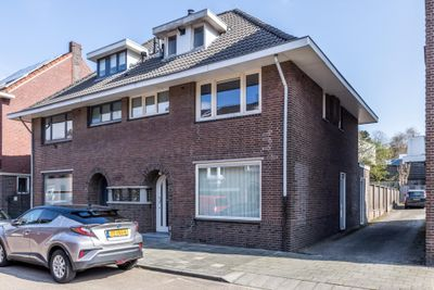 Buttingstraat 15, Hoensbroek