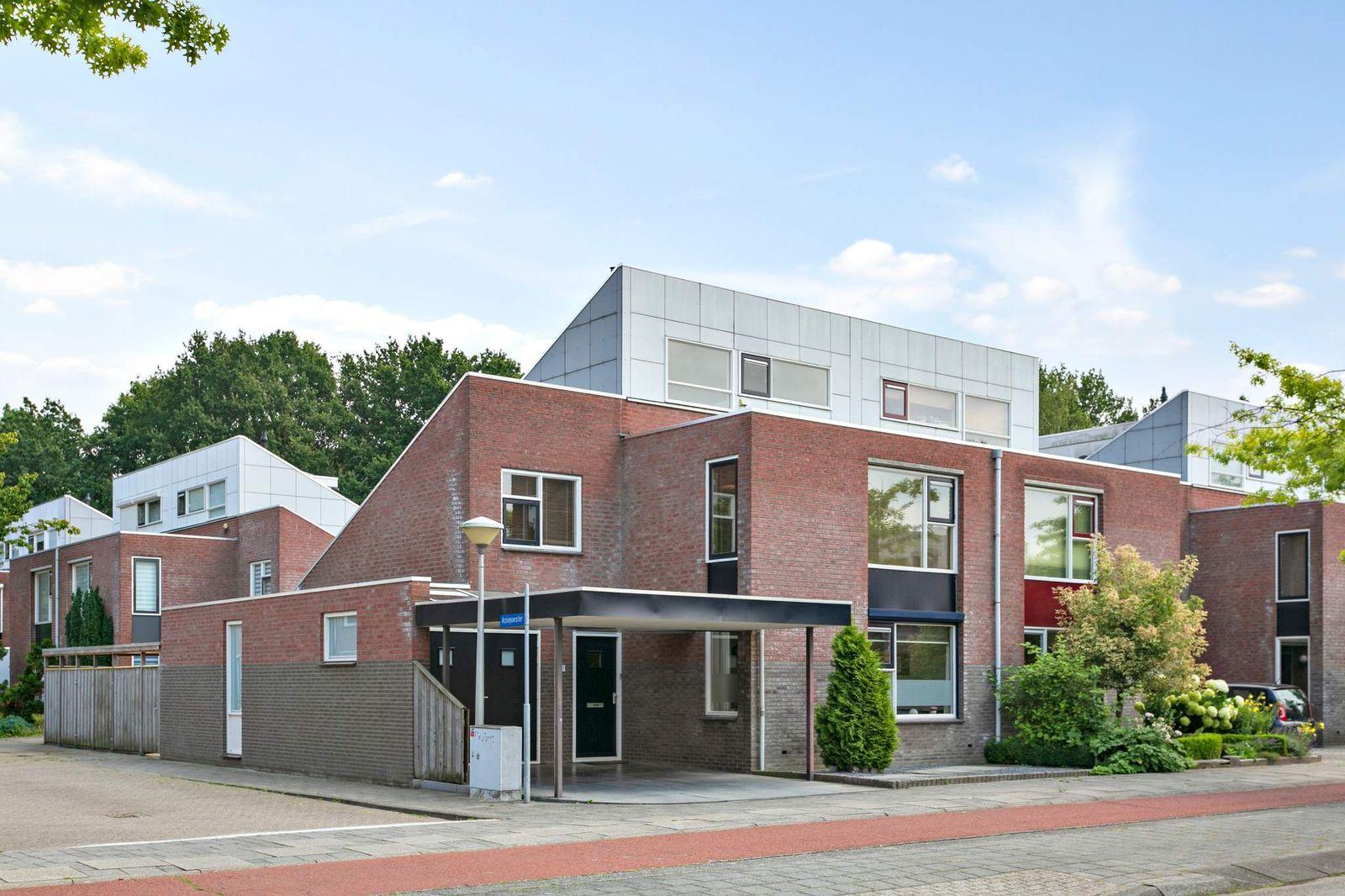 Sprookjesbosch 22, Eindhoven