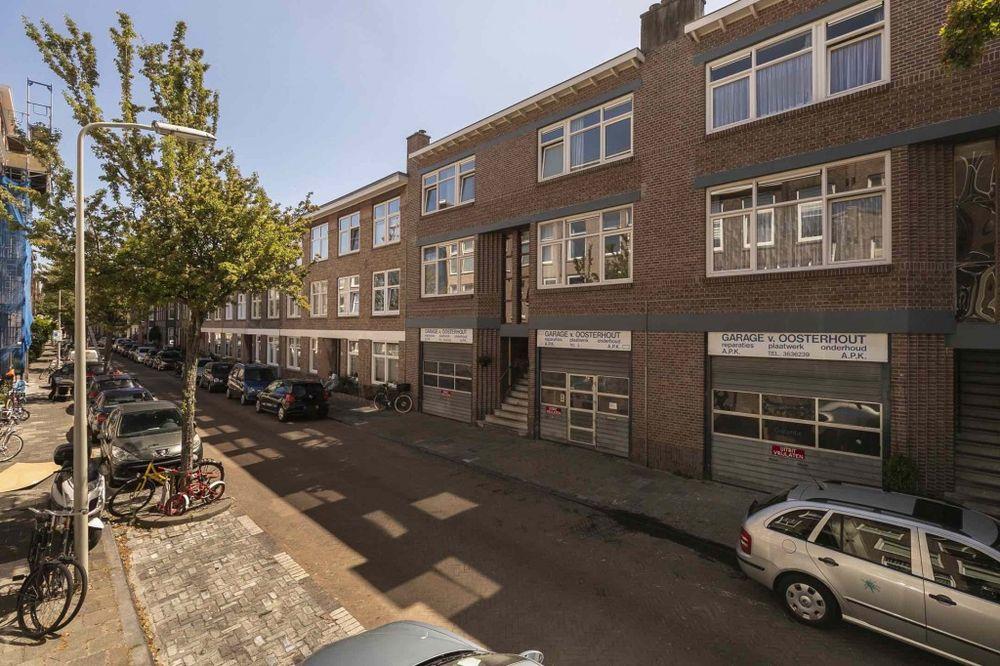 Esdoornstraat 166, Den Haag