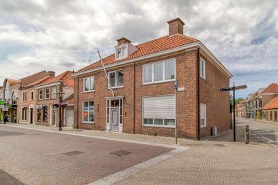 Julianastraat, Sluis
