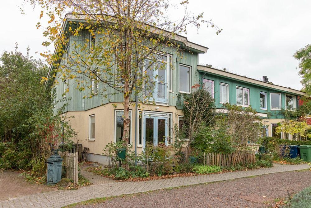 Ambt. Dorknoperlaan 7, Almere