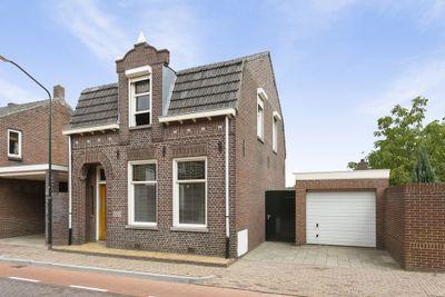 Bloemenstraat 36, Hilvarenbeek
