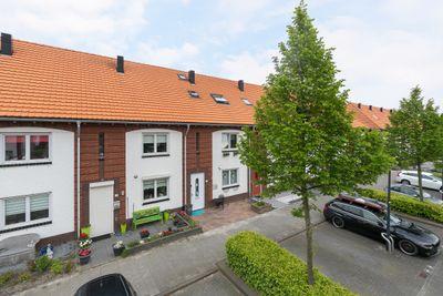 Charactostraat 43, Capelle aan den IJssel