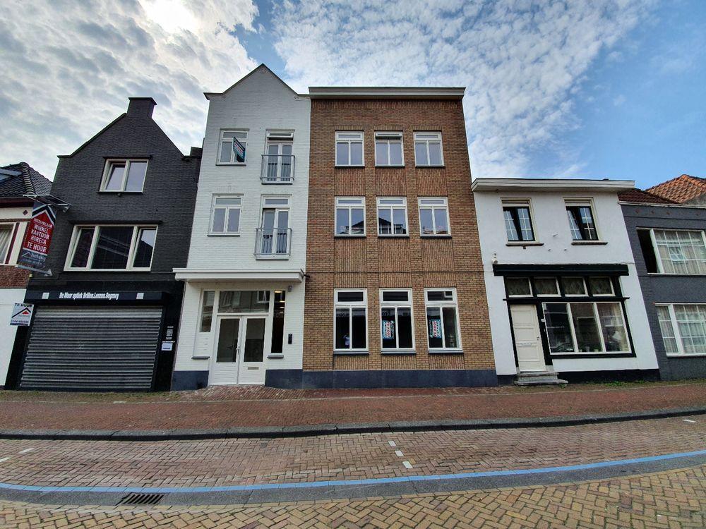 Grote Kerkstraat 14, Steenbergen