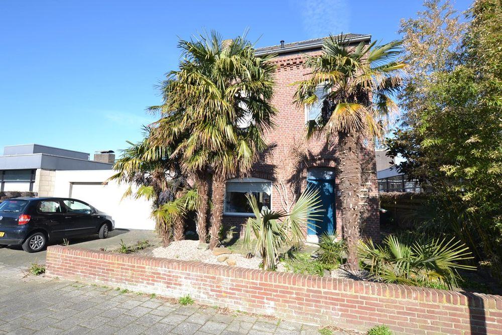 Van Gronsveldstraat 8, Kerkrade