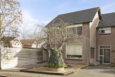 Pr Willem-Alexanderstr 1, Gameren