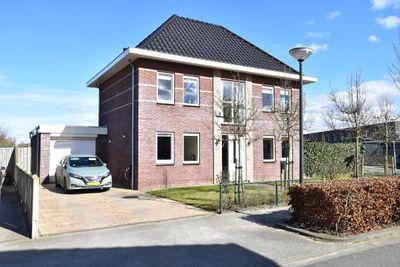 Kleefkruidstraat 21, Lelystad