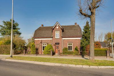 Heythuyserweg 8, Roggel