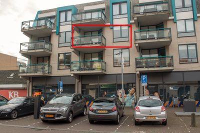 Marktlaan 64, Hoofddorp
