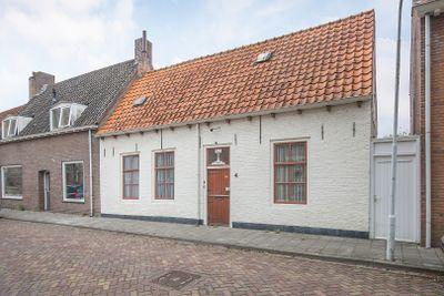 Sint Bavostraat 4, Aardenburg