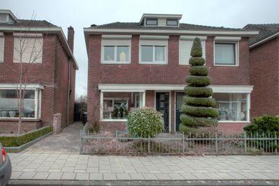 Plataanstraat 9, Enschede