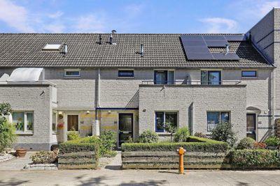 Huis kopen aan de leuvensbroek in nijmegen bekijk 4 for Koopwoningen nijmegen